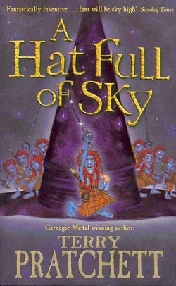 A Hat Full of Sky (Discworld 32) by Terry Pratchett